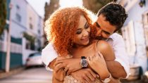 Aquarius Man & Pisces Woman Compatibility: Perfect Match?