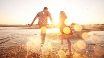 8 Easy Tips to Help You Date a Sagittarius Man