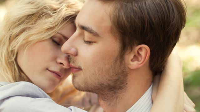 8 Tips to Kiss a Cancer Man and Make Him Fall in Love
